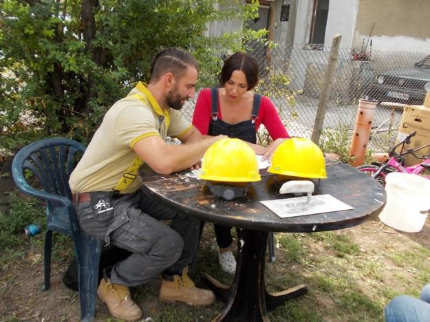 """""""Бригада Нов дом"""" се притече на помощ на млада изоставена майка с три деца"""