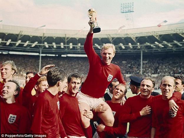 Легендарният мач между Англия и Германия ще се проведе на 2 май