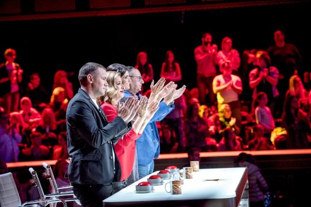 """Втора доза претенденти за място на финала и наградата от 50 000 лева се качват на сцената на """"България търси талант"""" в спектакъл на живо"""