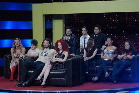 Участниците в Music Idol