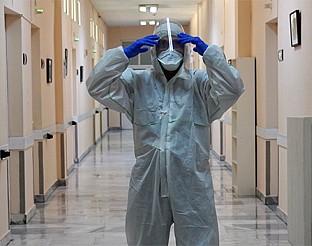 bTV Репортерите: Едно денонощие очи в очи с коронавируса, болните и техните спасители