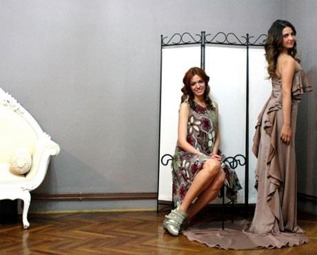 Дорис предпочете облекла на млада хърватска дизайнерка