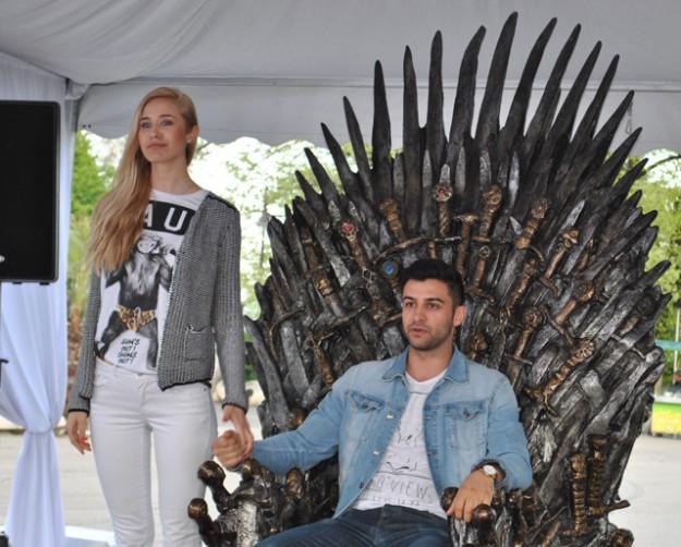 Тронът на Game of Thrones предизвиква абсолютен фурор