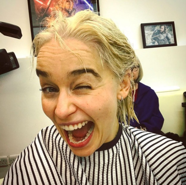 Емилия Кларк си боядиса косата за осмия сезон на Игра на тронове