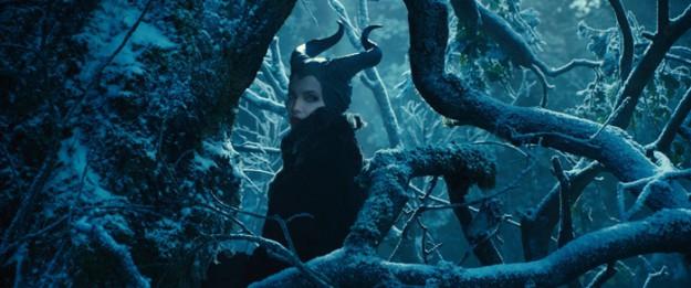 """Анджелина Джоли и дъщеря й Вивиан - заедно в първия трейлър на """"Господарката на злото"""""""