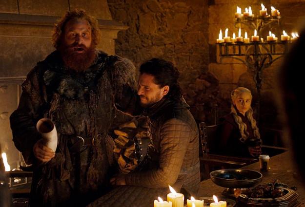 "Как се появи  чаша ""Starbucks"" в  ""Игра на тронове""?"