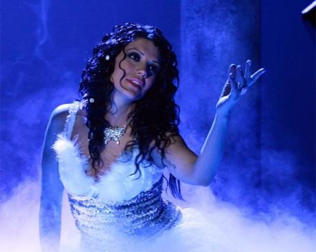 Кали посреща 2010 с нов клип към песента
