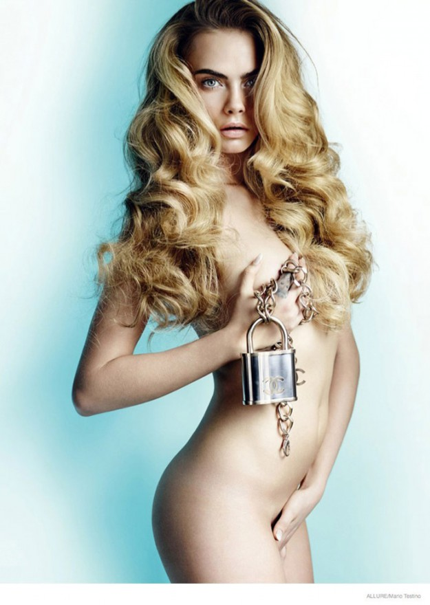 Моделът Кара Делевин позира в новия брой на...