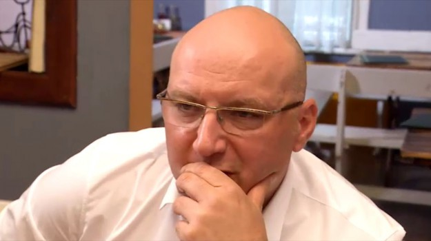 """Шеф Манчев попада в арт ресторант с комично меню в """"Кошмари в кухнята"""""""