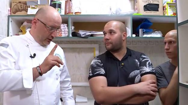 """Шеф Манчев на ръба на нервна криза в последния за сезона епизод на """"Кошмари в кухнята"""""""