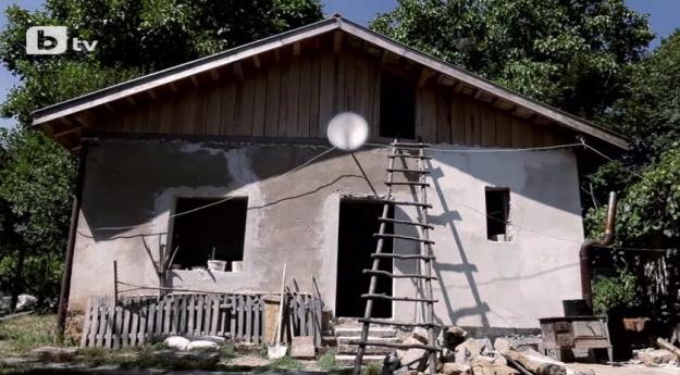 """""""Бригада Нов дом"""" строи къща в Балкана само за пет дни"""