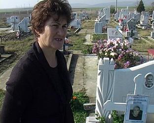 майката на Стоян Балтов леля Зарка