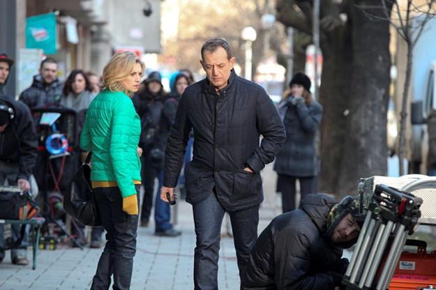 """Вторият сезон на сериала """"Връзки"""", който през април тръгва по Fox Life, продължава да се снима на пълни обороти."""