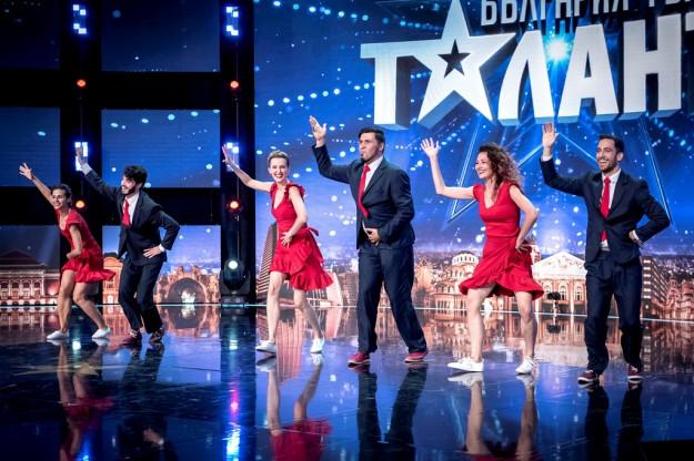 """Изумителни музиканти, акробати, жонгльор и човек-калкулатор отиват на полуфиналите на """"България търси талант"""""""