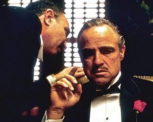 Ал Пачино си партнира с филмовата звезда Марлон Брандо.