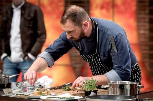 """Chef Андре Токев дава майсторски урок за пиле """"ballotine""""  - утре вечер от 21:00 часа"""