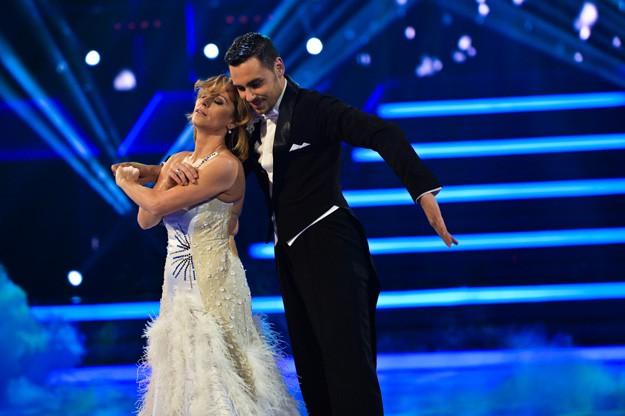 Нана е поредната отпаднала звезда от Dancing Stars 2014