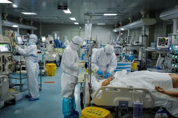 Учени и експерти споделят познания за коронавируса в нов документален филм по Discovery Channel