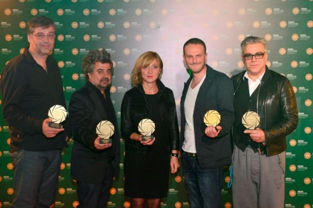 Големият победител от първите в историята награди...