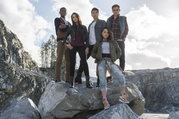 """Най-чаканият филм за супергерои """"Power Rangers""""  идва в кината с """"Лента"""" на 7 април"""