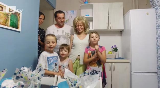 """""""Бригада Нов дом"""" върна цвета в живота на петчленно семейство, което се бори с последствията от два пожара и аварията в Чернобил"""