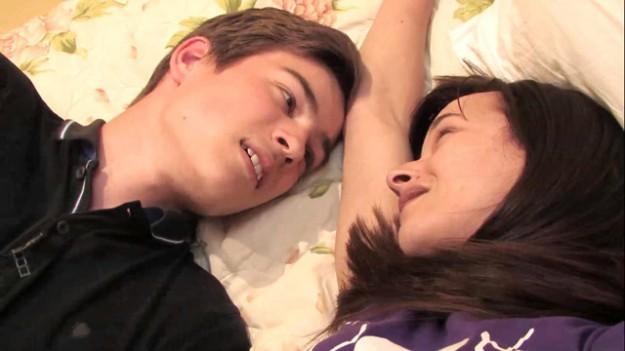 16-годишния Филип, влюбен в стриптизьорка