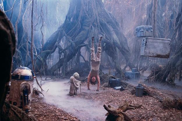 'Междузвездни войни: Империята отвръща на удара'