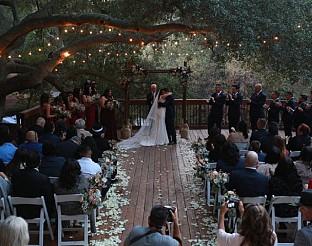 """Бъдещи младоженци планират своя специален ден с """"Коя сватба искам?"""" по TLC"""
