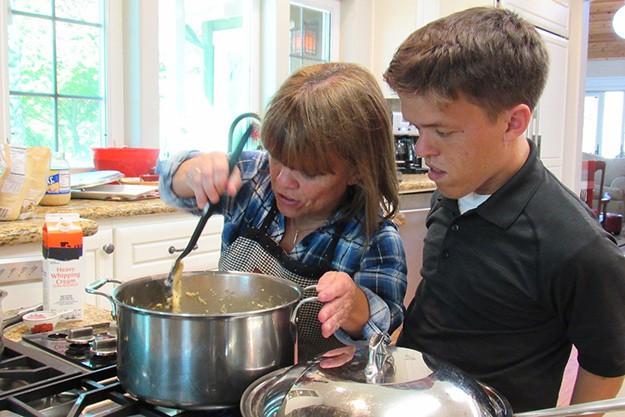 Любимото семейство малки хора се изправя пред нови предизвикателства от 13-и ноември