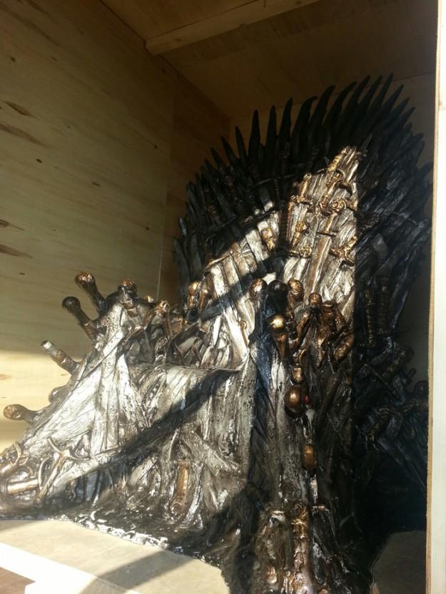 Велико Търново първо посреща трона от сериала Game of Thrones
