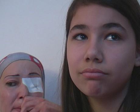 дванадесетгодишната дъщеря на Ваня и Стоян - Нели