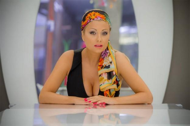 """Венета Райкова приключи с """"Горещо""""."""