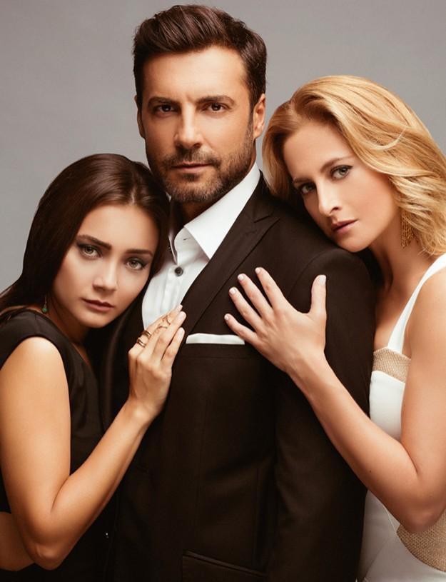 """Дамла Сьонмез, Джанан Ергюдер и Баръш Кълъч влизат в изпълнен с чувства и разочарования любовен триъгълник в  турския сериал """"Войната на розите""""."""