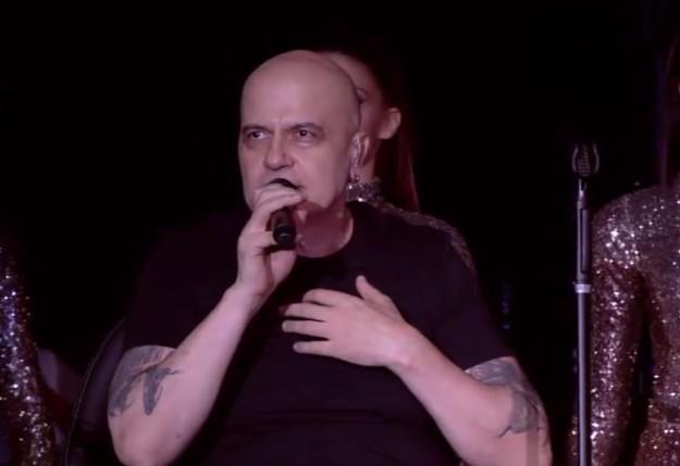 """bTV показва документален филм за гостуването на Слави и """"Ку ку бенд""""  в Уембли Арена, Лондон"""