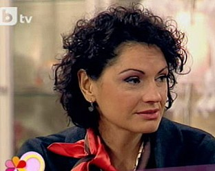 Магьосници рязали лицето на Ани Салич