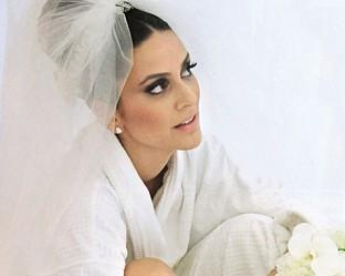 """Бергюзар Корел ще се превъплъти в кръчмарска певица и ще излезе от сянката на Шехерезада от """"1001 нощ"""", с която я идентифицират зрителите."""