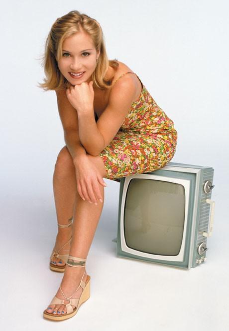 Кристина Апългейт в комедийния сериал Джеси