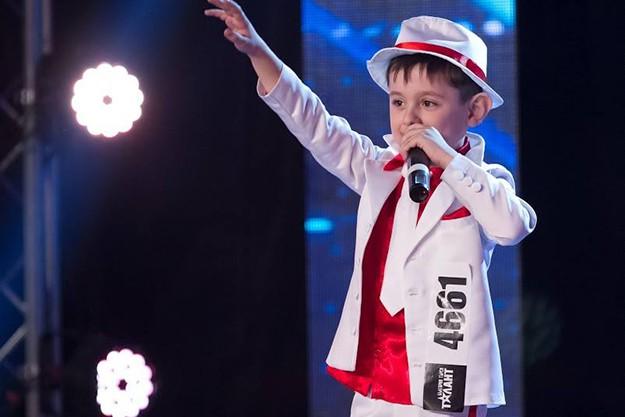 6-годишният Кристиян Менев от Велико Търново