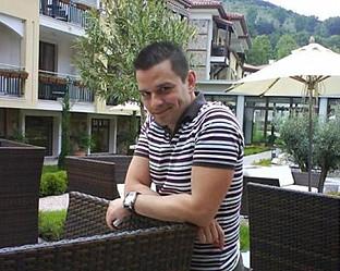 Водещият Николай Николов