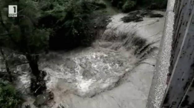 """Шокиращи кадри от наводнението в Аспарухово в """"В кадър """" и """"Открито"""""""