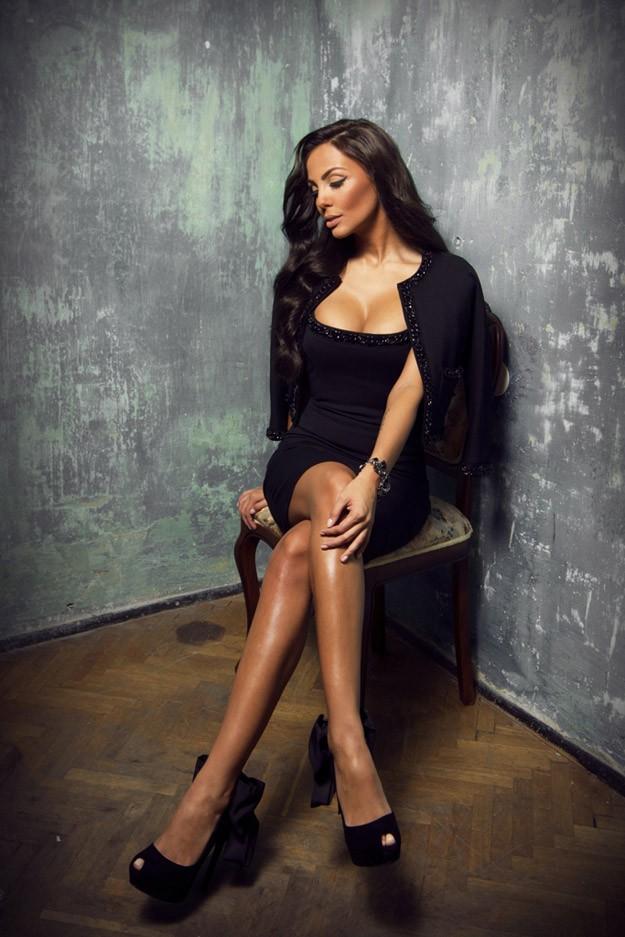 """""""Папараци"""" с водещ Николета Лозанова в ефира на bTV"""