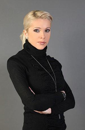 водещата Валентина Войкова