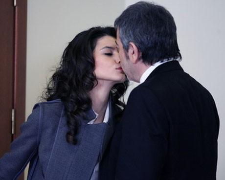 Забраненият плод / Aşk-ı Memnu